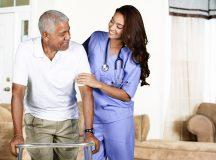 Kultursensible Altenpflege: Pflege muss kulturellen Hintergrund berücksichtigen