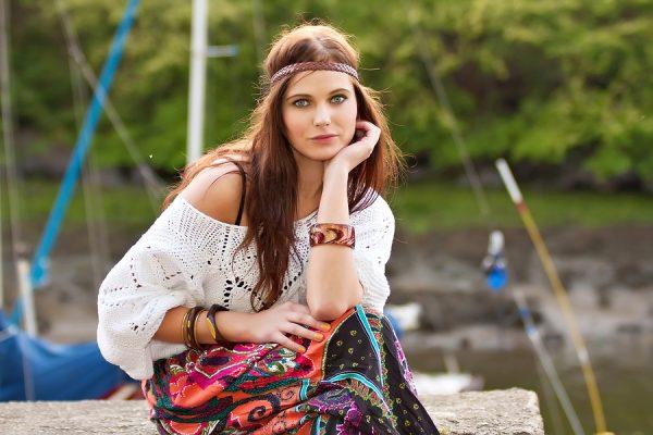 Sponsored Video: Retro-Look: Aus alten werden neue Trends – mit den Stylediaries von Bonnie Strange