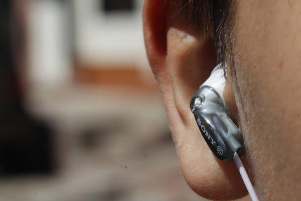 Tipp für Hörgeräteträger: So erkennen Sie verbrauchte Hörgerätebatterien
